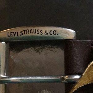 Levi's Brown Leather Belt NWOT